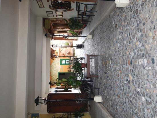 Yat B'alam Boutique Hotel: IMG_20170621_092825649_large.jpg