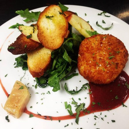 Leominster, MA: Fried Goat Cheese Appetizer