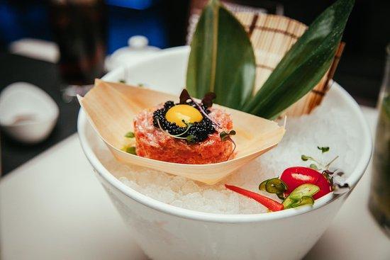 อาร์มองก์, นิวยอร์ก: KOKU Japanese Restaurant