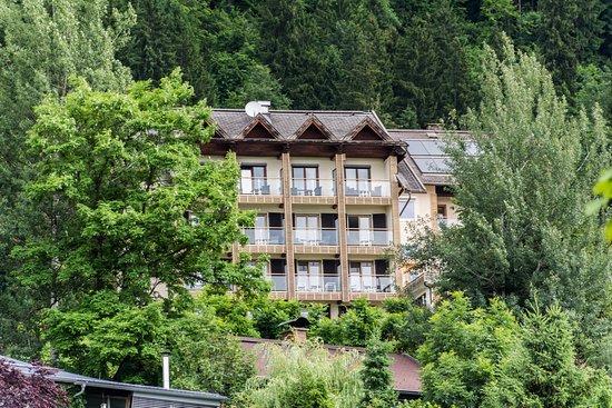Jaegerhotel: A hotel kívülről