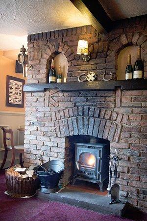The Bay Horse Inn: Real Fires