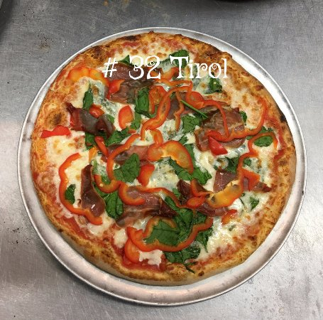Siloam Springs, AR: Our Tirol Pizza.