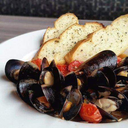 O'Fallon, IL: Mussels