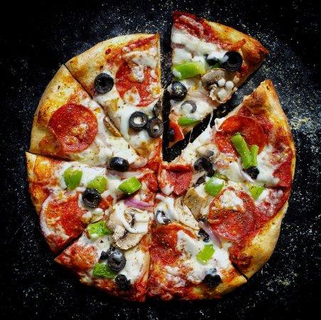 O'Fallon, IL: Super Pizza