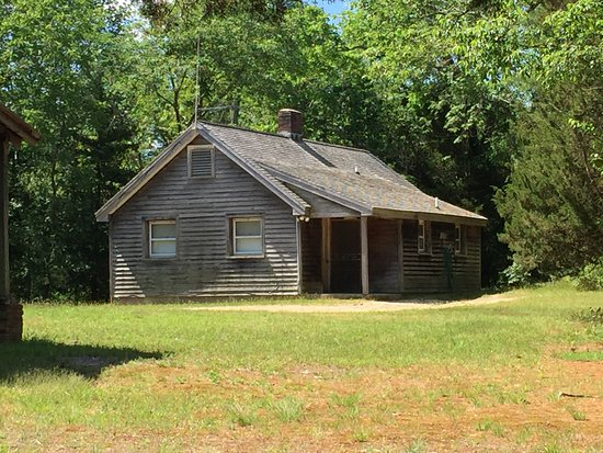 Bayville, NJ: Pickers' cottage, now park caretaker's residence