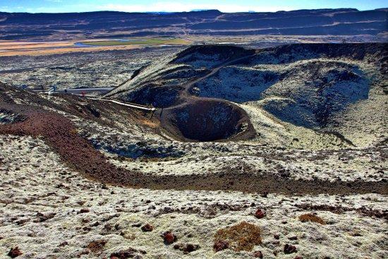 Bifrost, Island: Aussicht vom Kraterrand