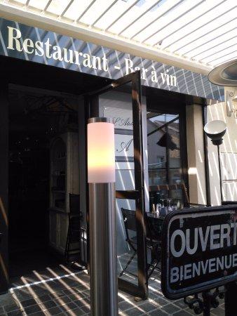 Saint-Fargeau-Ponthierry, Francia: entrée du restaurant