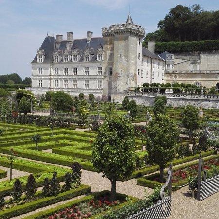 Château de Villandry: Vu des jardins