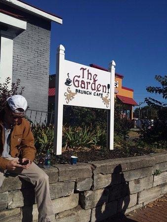 The Garden Brunch Cafe Nashville Restaurantanmeldelser Tripadvisor