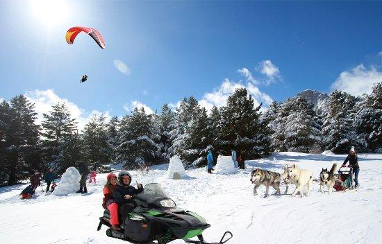 Tramacastilla de Tena, Spain: el mayor entro de actividades invernales del pirineo