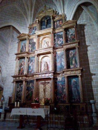 Monroy, Spain: Altar area