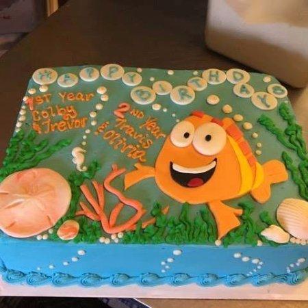 Turners Falls, MA: custom kid cake!