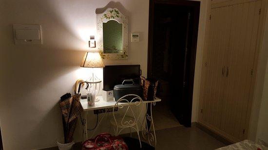 Casa Banos de la Villa: Detalle habitación.