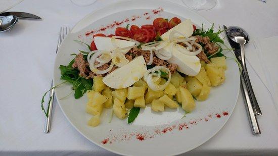 Hotel Marco Polo Caorle : Insalata di tonno e patate (yummm!)
