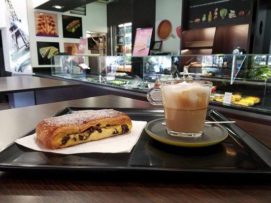 Pointe-à-Pitre, Guadalupe: Suisse chocolat et café au lait