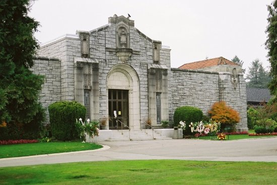 Burnaby, Canada: Ocean View Funeral Home & Burial Park