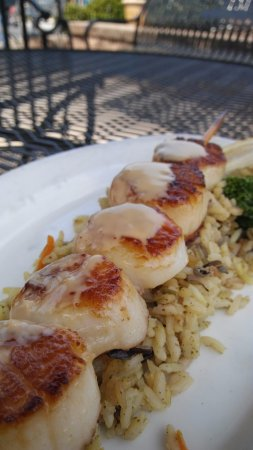 Flowery Branch, GA: Scallops topped with a creamy soy!