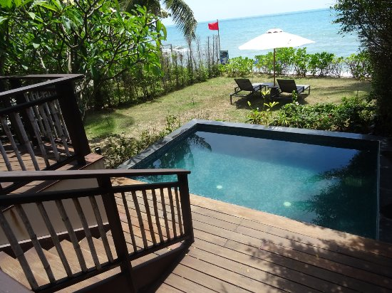 Room 39 s garden picture of outrigger koh samui beach for Garden pool villa outrigger koh samui