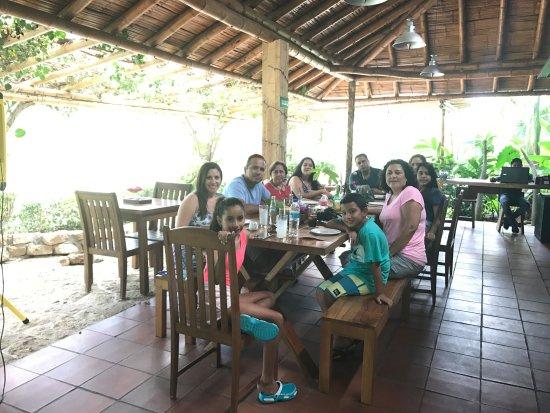 Ayampe, Ecuador: Family road trip
