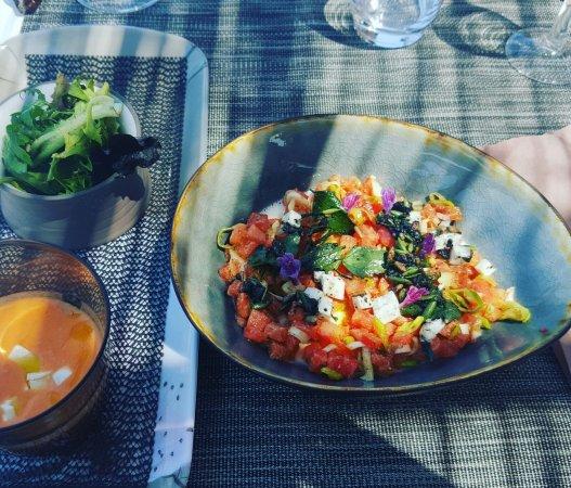 Taillades, فرنسا: Tomates mozzarella revisitée