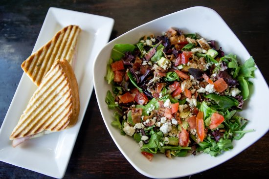 Carbondale, CO: Fresh sandwiches and salads made to order!