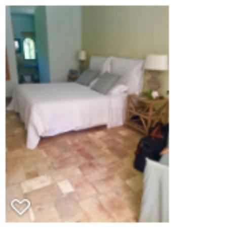 Maison 9: Room 2