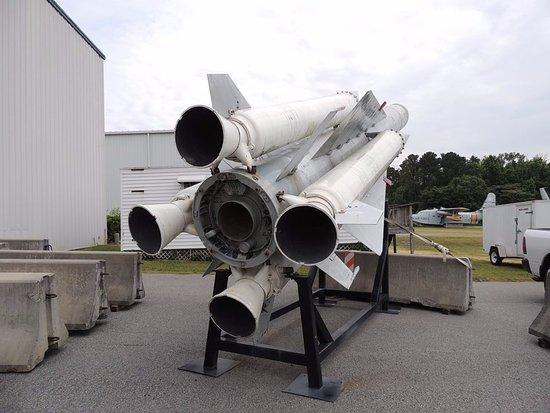Warner Robins, GA: Giant missile