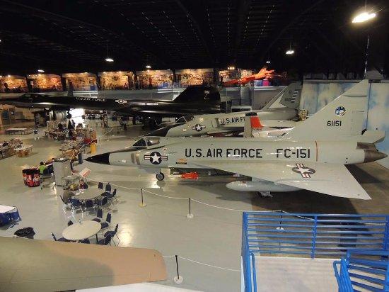 Warner Robins, GA: F-102, F-106, SR-71
