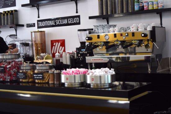 Westfield, NJ: Illy Espresso Bar