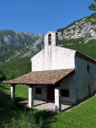 Venzone, Italy: Chiesa di Santa Lucia Vergine e Martire
