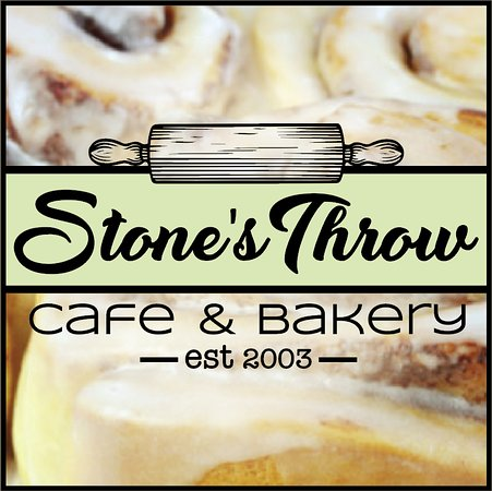 Blairmore, Kanada: Try our homemade cinnamon buns!