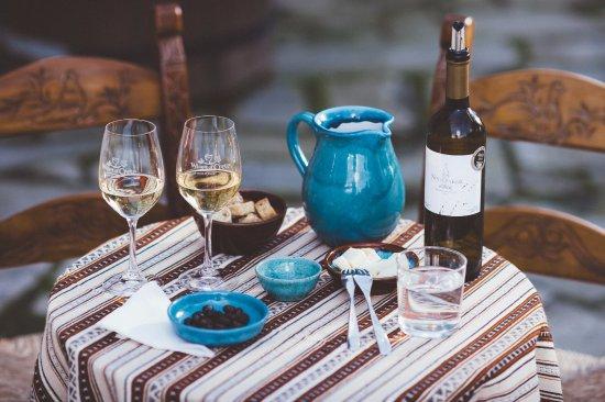 Alikampos, Greece: Classic Wine Tasting