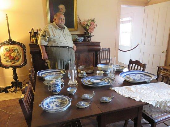 Brunswick, GA: dining room