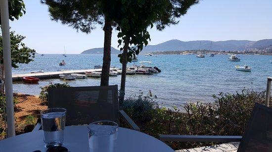Porto Rafti, Greece: a table with a vieuw