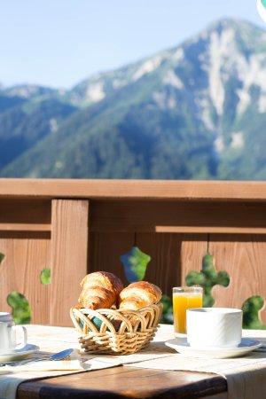 Champagny-en-Vanoise, Γαλλία: Petit déjeuner vue montagne