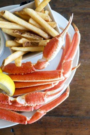 Leland, Северная Каролина: Alaskan Snow Crab Legs