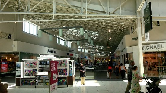 Inside Mall Picture Of The Mills At Jersey Gardens Elizabeth Tripadvisor