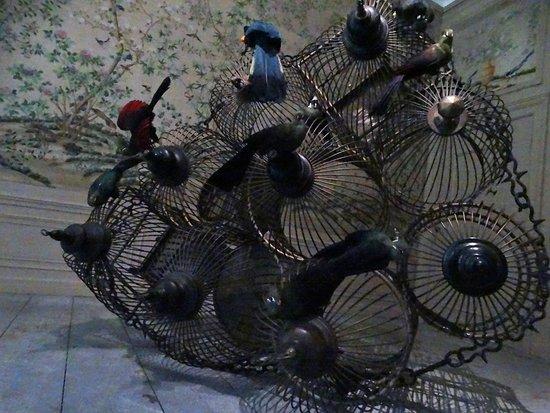 """Bunnik, The Netherlands: installatie Darwin, Sinke en van Tongeren als deel van expo """"Tier"""""""