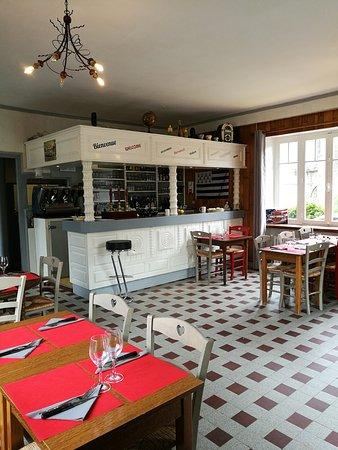 Restaurant Le Saint M Loguivy Plougras