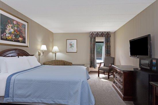 Lanham, MD: Standard Queen Room