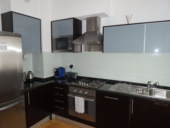 Küche - Picture of The Lisbonaire Apartments, Lisbon - TripAdvisor