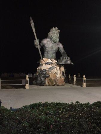 Belvedere Beach Resort: On the boardwalk at, I believe 32nd Street, is King Neptune.