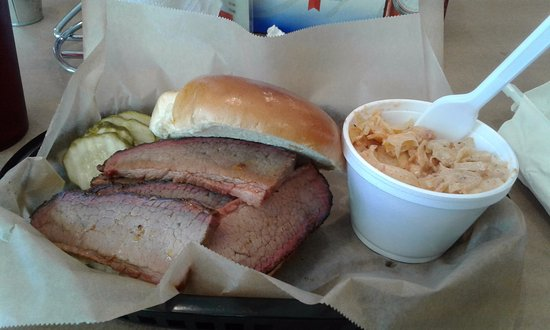 Smithville, MO: Brisket with orange SLAW!