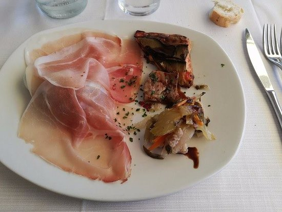 Lierna, Italie : Antipasto