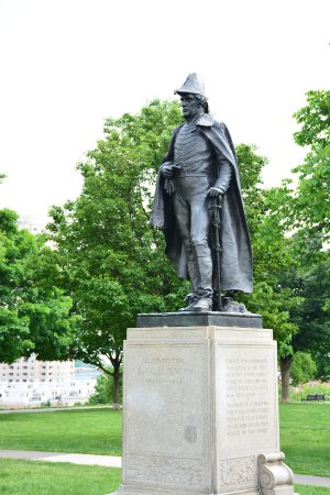 Federal Hill Park: General Samuel Smith