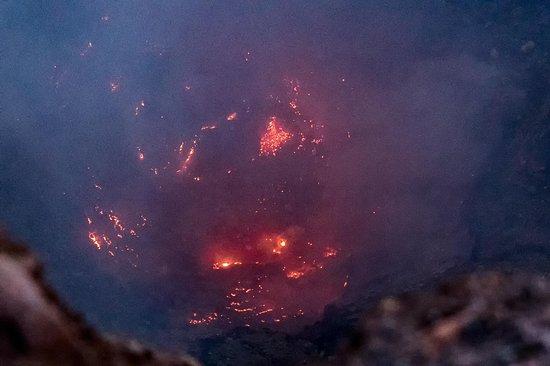 Leon, Nicaragua: Incandecencia del volcan telica