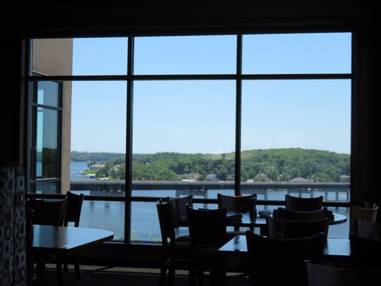 Lake Ozark, MO: View from side window.