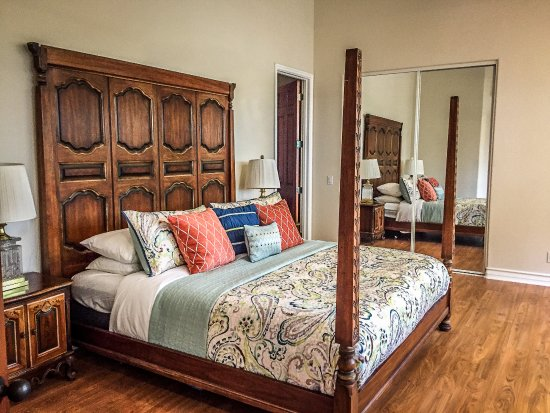 Carmel Valley, CA: Master Bedroom