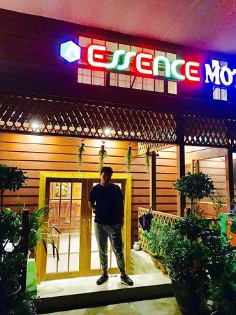 Essence Motel