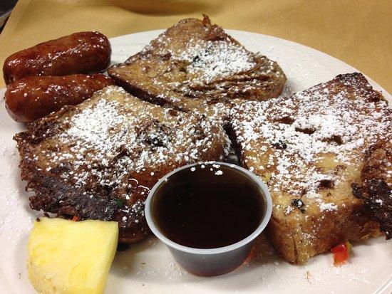 Bayside, NY: Sunday Brunch French Toast Main Dining Room